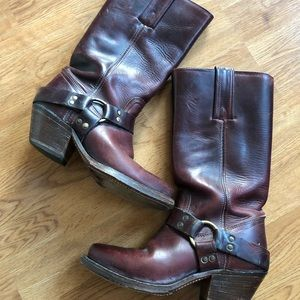 Frye Harness Cranberry Boots Size 5